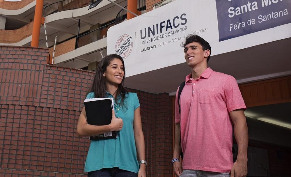 UNIFACS diz que está comprometida em propor o melhor para seus alunos