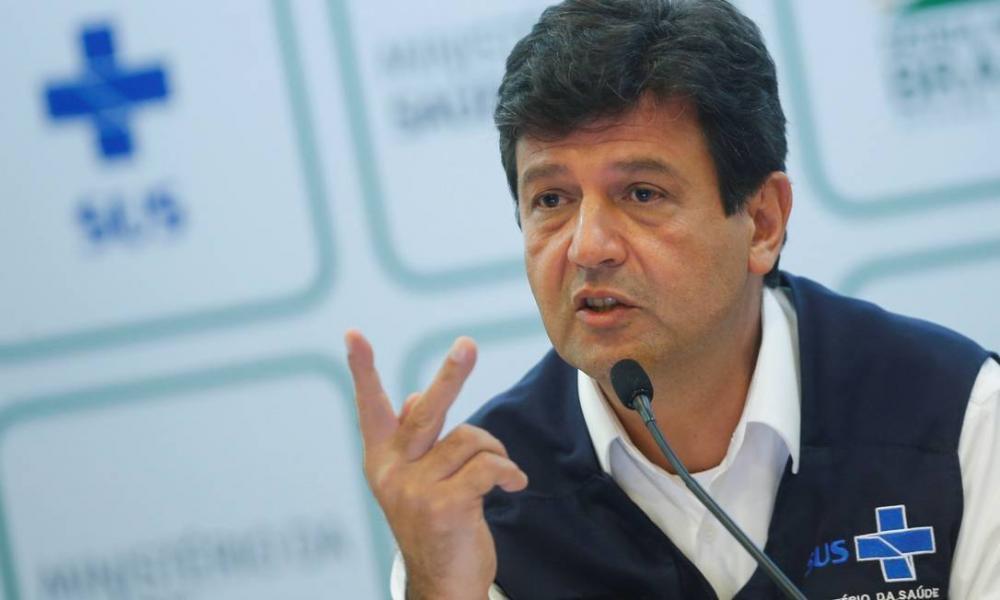 Aprovação de Mandetta sobe para 76% e é mais que o dobro da de Bolsonaro