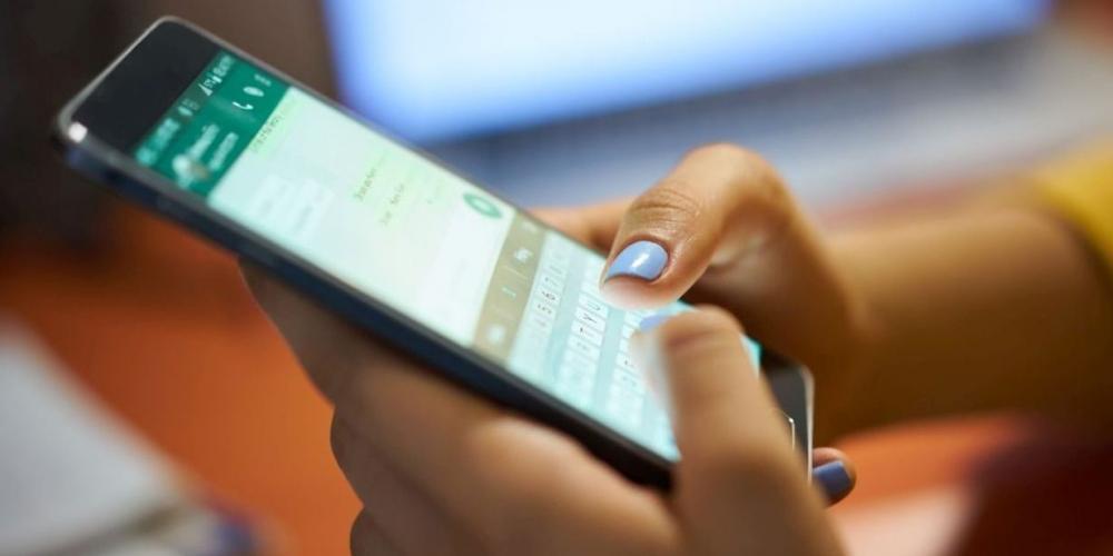 WhatsApp limita reenvio de mensagens a 1 destinatário por vez