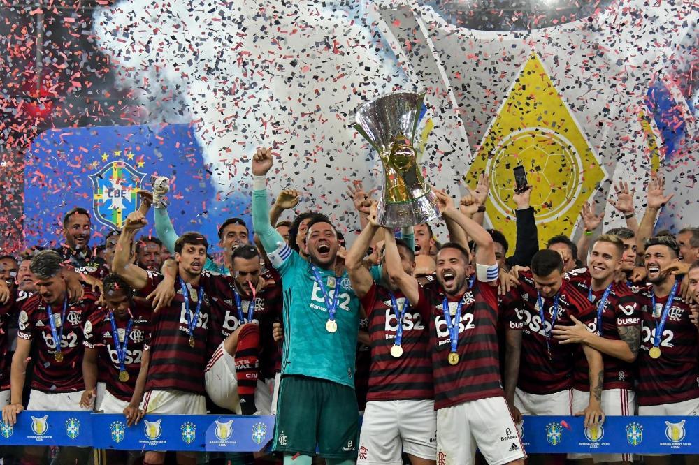 Clubes dividirão R$ 210 mi por direitos de TV do Brasileiro no exterior