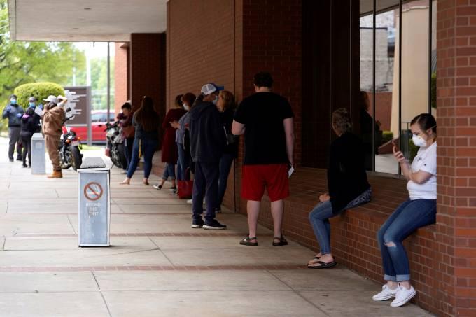 Taxa de desemprego nos EUA atinge a pior marca desde a Grande Depressão