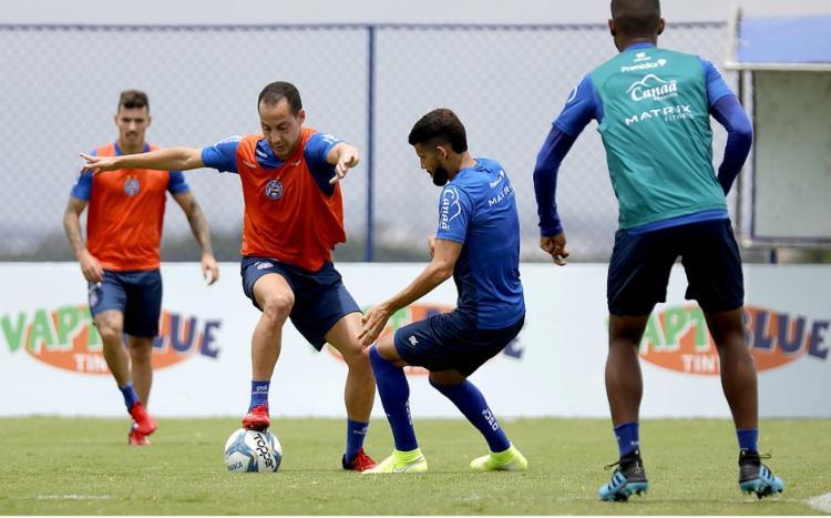 Bahia anuncia volta aos treinos nesta terça