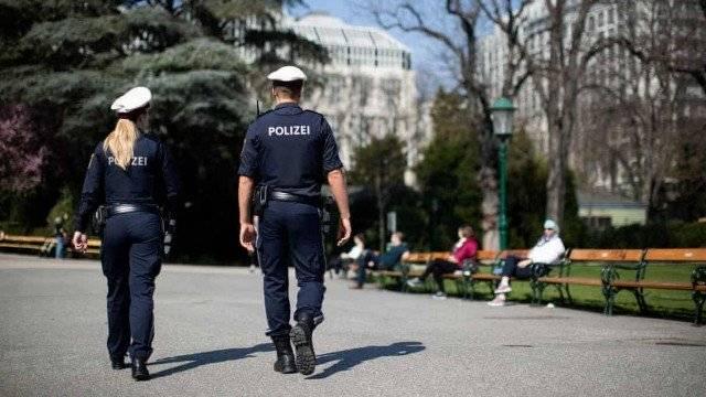 Homem é multado por soltar gases intestinais propositalmente na direção de policiais