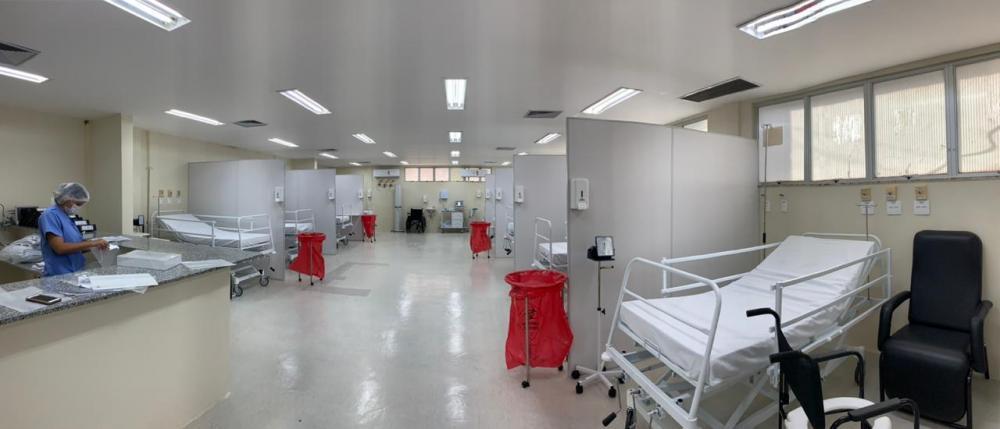 Hospital Clériston Andrade inaugura 10 leitos clínicos para COVID 19