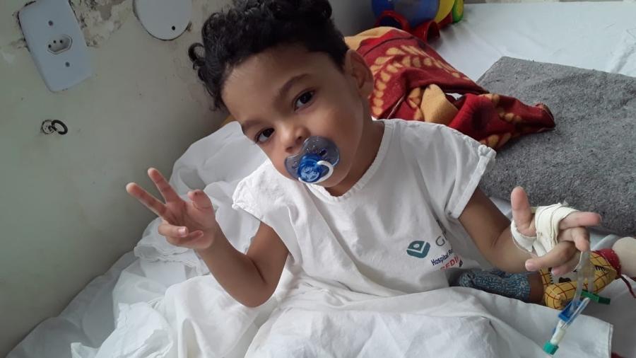 Hospital público cobra R$ 250 por teste de COVID-19 em criança