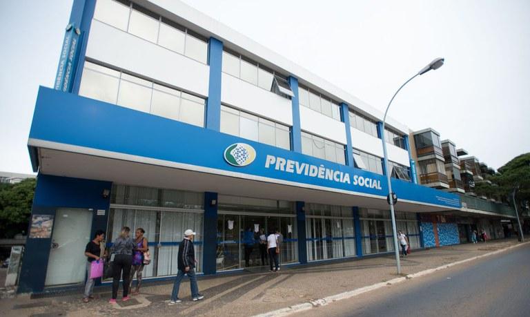 INSS amplia prazo para beneficiário apresentar documentação e evitar bloqueio de pagamento