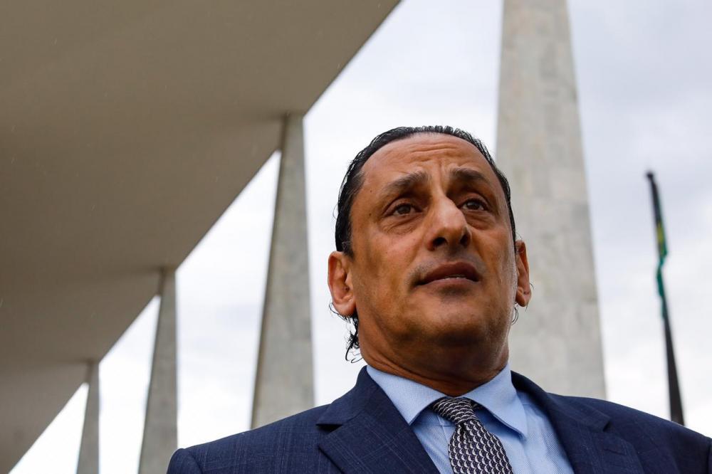 Empresa da ex-mulher de Wassef recebeu R$ 41 milhões no governo Bolsonaro