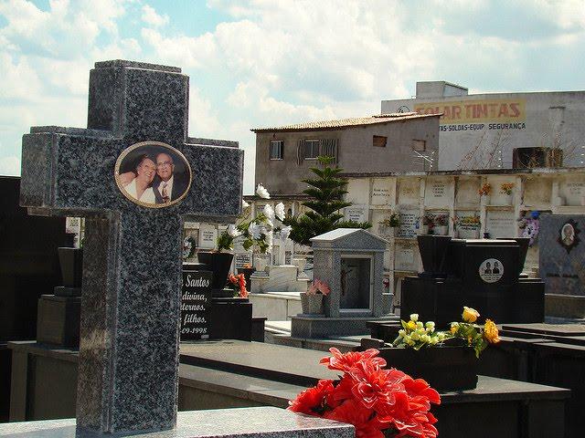 Prefeitura estabelece novas normas nos serviços funerários em Feira de Santana