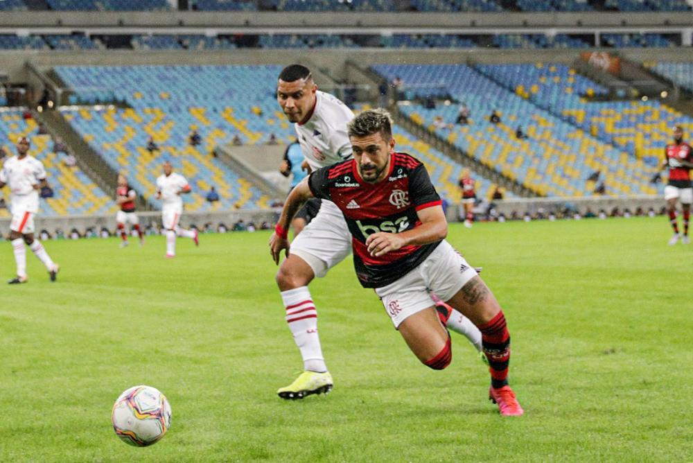 Futebol brasileiro deve perder até R$ 2,5 bilhões com pandemia em 2020