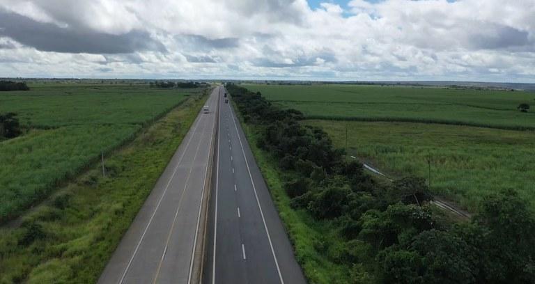 Obra de duplicação da BR-101 recebe mais oito quilômetros