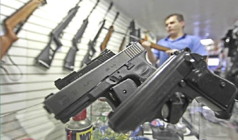 Registro de novas armas cresce 252% no Brasil