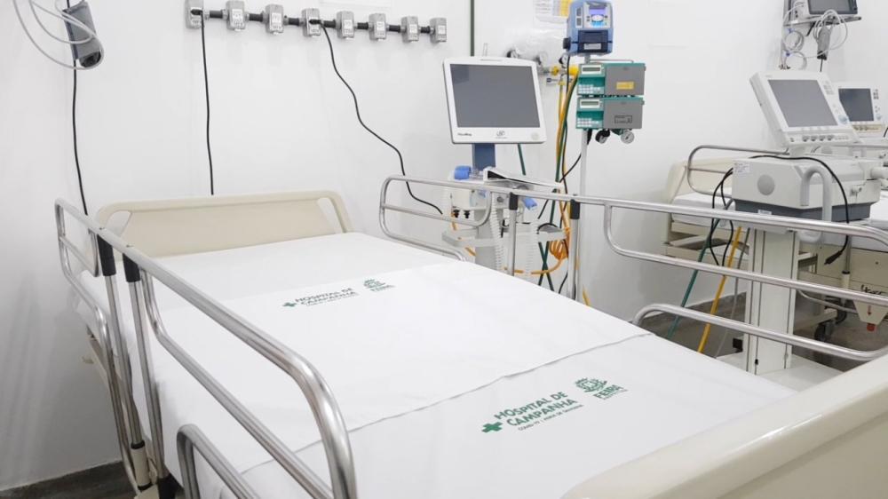 Novos leitos de UTI já estão funcionando no Hospital de Campanha