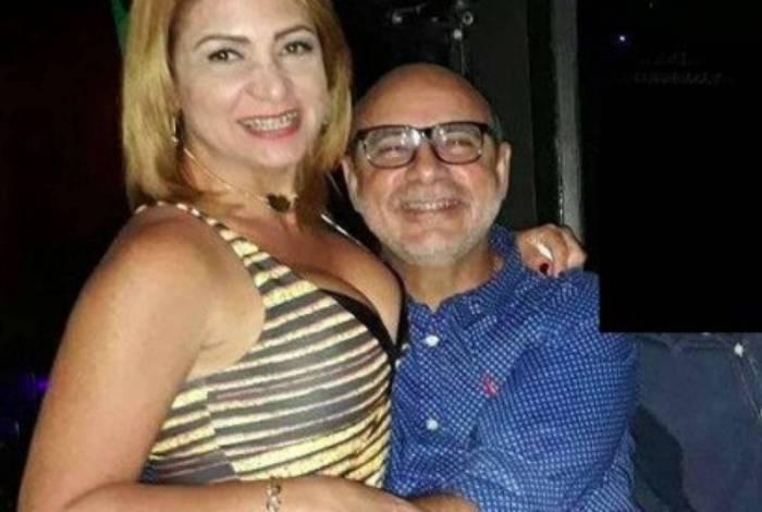 STJ concede prisão domiciliar para Queiroz e mulher dele