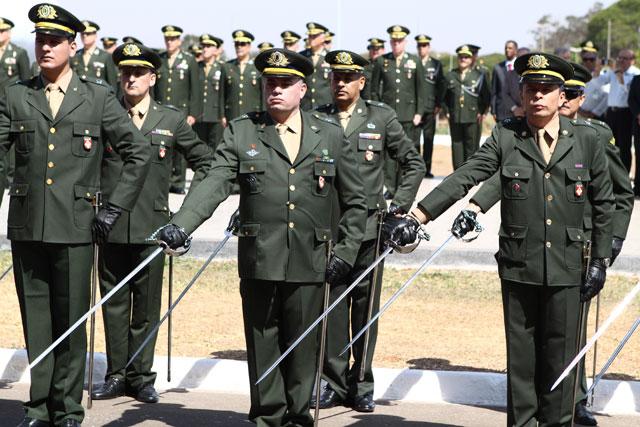 Exército Brasileiro abre inscrições para formação de oficiais; soldo de R$ 8.245