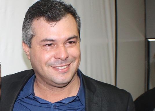 Prefeito de Lamarão tem contas rejeitadas pelo TCM pela terceira vez