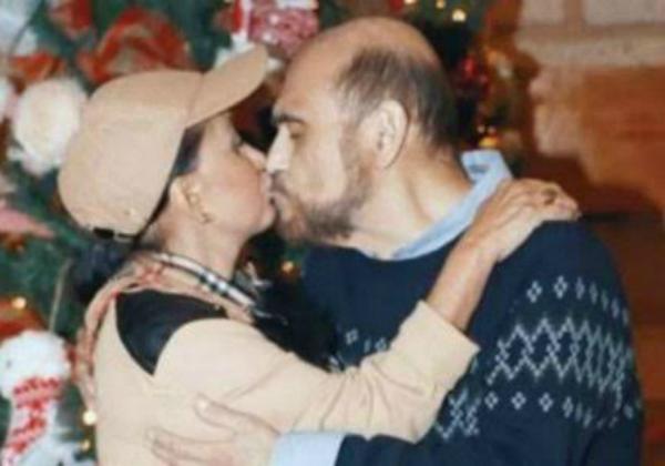 Atores que viveram Chiquinha e Seu Barriga se beijam: 'Nós dois estamos solteiros'