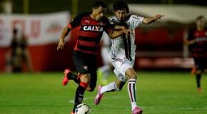 Vitória vence o Fluminense no barradão